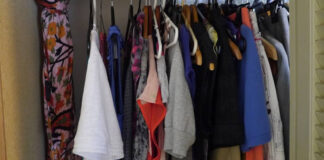Be A Clothes Minimalist In 5 East Steps