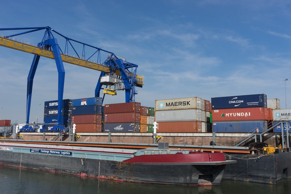 sustainable shipping ports